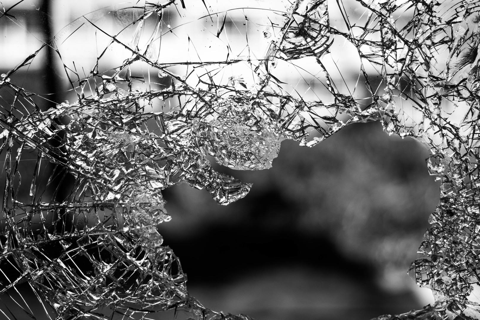 https://pixabay.com/en/glass-shattered-window-destruction-984457/